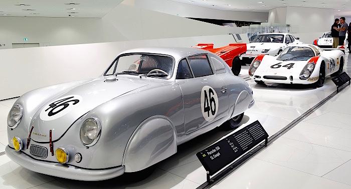 Porsche MuseumGutschein 2 für 1 Ticket