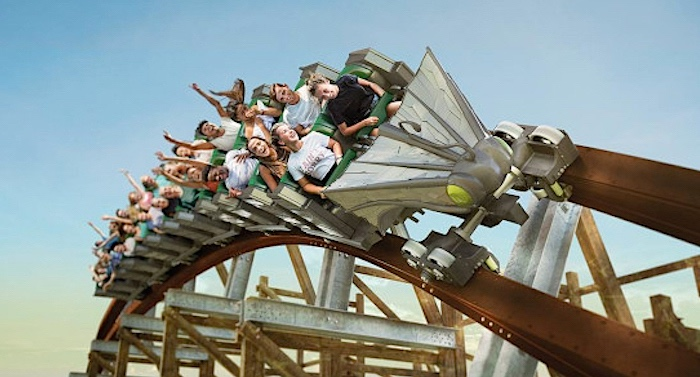 Walibi Holland Achterbahn Untamed