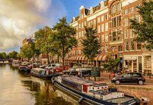Buchszene Gewinnspiel Kreuzfahrt Amsterdam