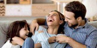 ALDI: Familienkalender 2022 kostenlos in allen Filialen abholen