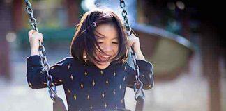 Kinder Überraschung Gewinnspiel: Trolley mit eigenem Namen gewinnen